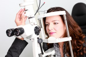 Joanna models for an eye exam shot © Sans Frontiere Marketing