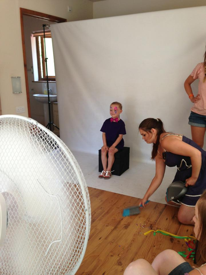 Child Modelling Star Casey On Her Shoot With Snazaroo. Behind the scenes images sent in by her mum Sarah.