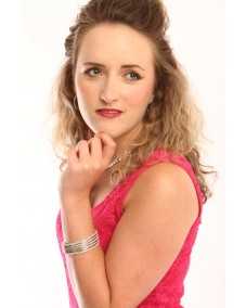 Featured talent Ref:663397